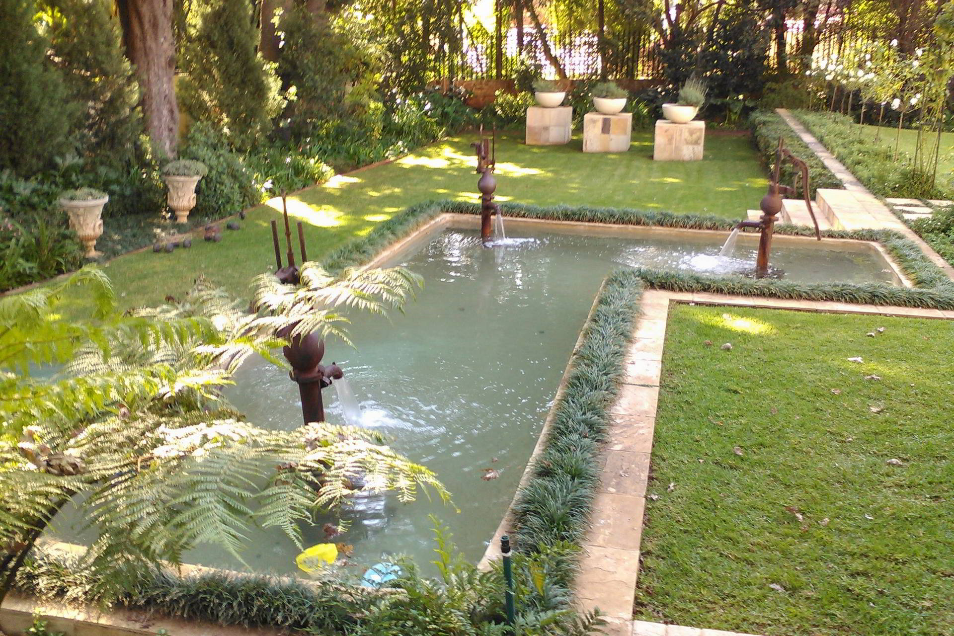Classic style water feature